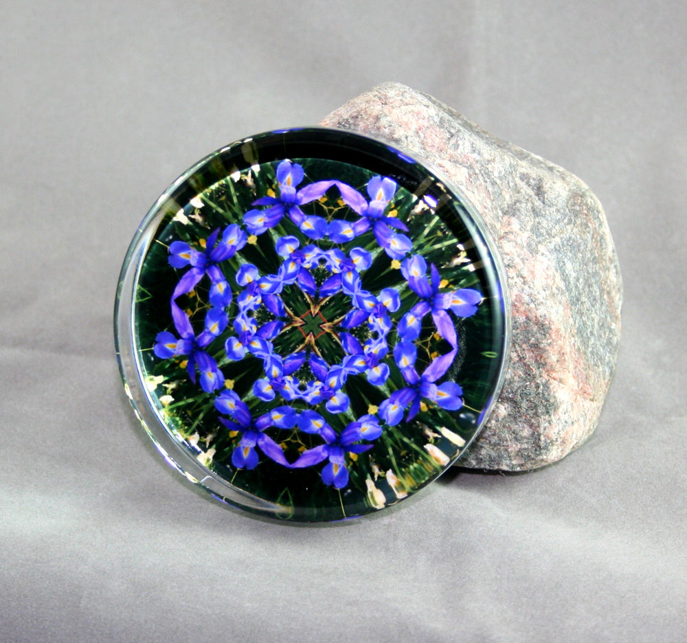 Iris glass paperweight sacred geometry mandala for Credence decorative
