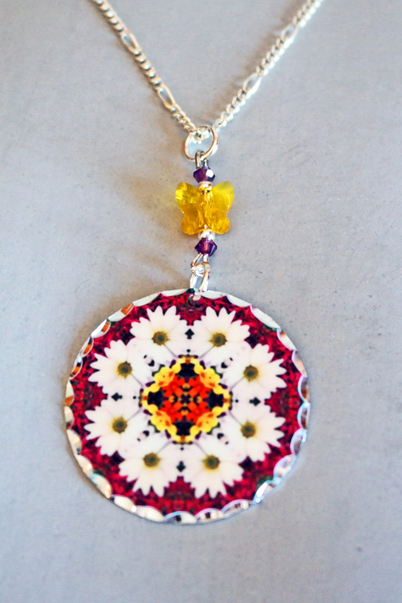 Daisy Charm Pendant Boho Chic Mandala New Age Sacred Geometry Hippie Kaleidoscopic Reflections Of A Virtuous Love