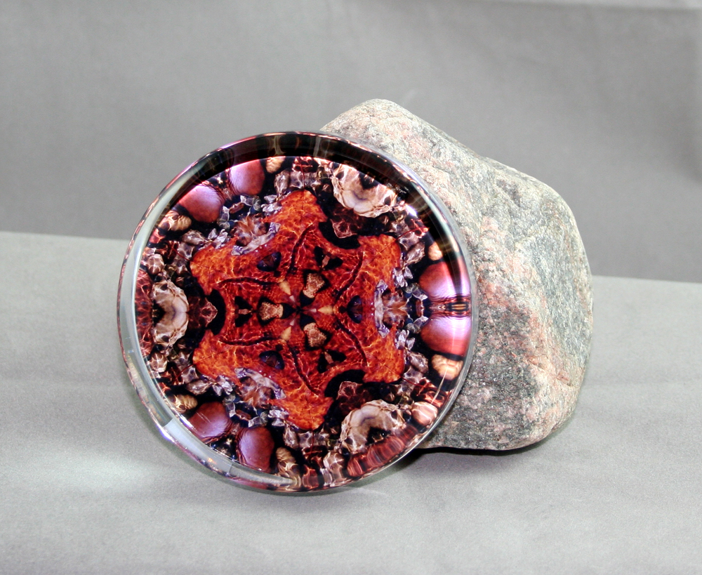 Autumn Leaf Glass Paperweight Geometric Mandala Kaleidoscope Pebble Paradise