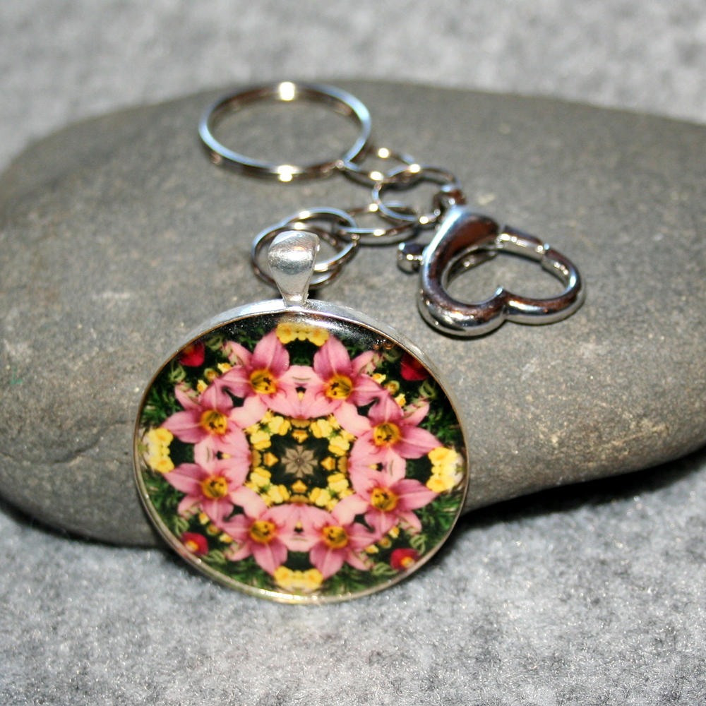 Lily Key Chain Sacred Geometry Mandala Bella
