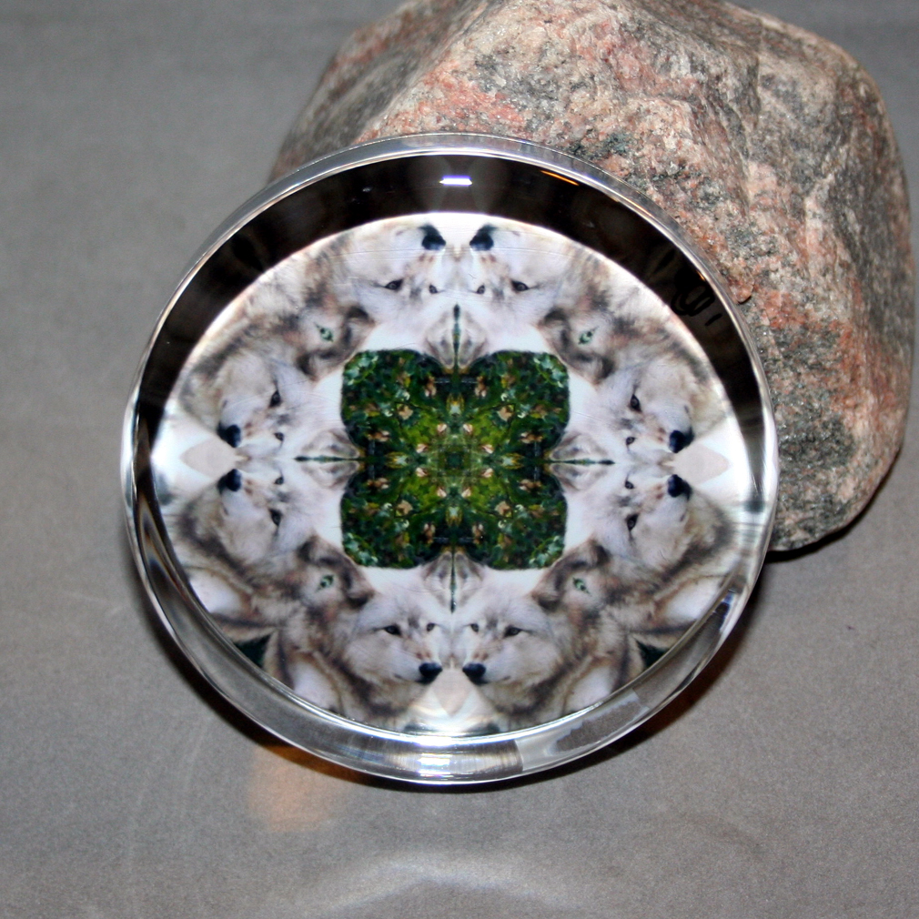 Wolf Glass Paperweight Boho Mandala Sacred Geometry New Age Kaleidoscope Keen Observation