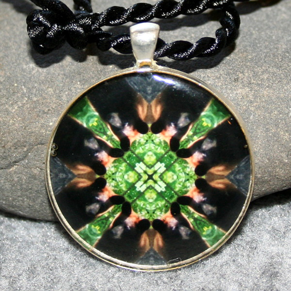 Bear Pendant Sacred Geometry Mandala Kaleidoscope Necklace Magnanimous
