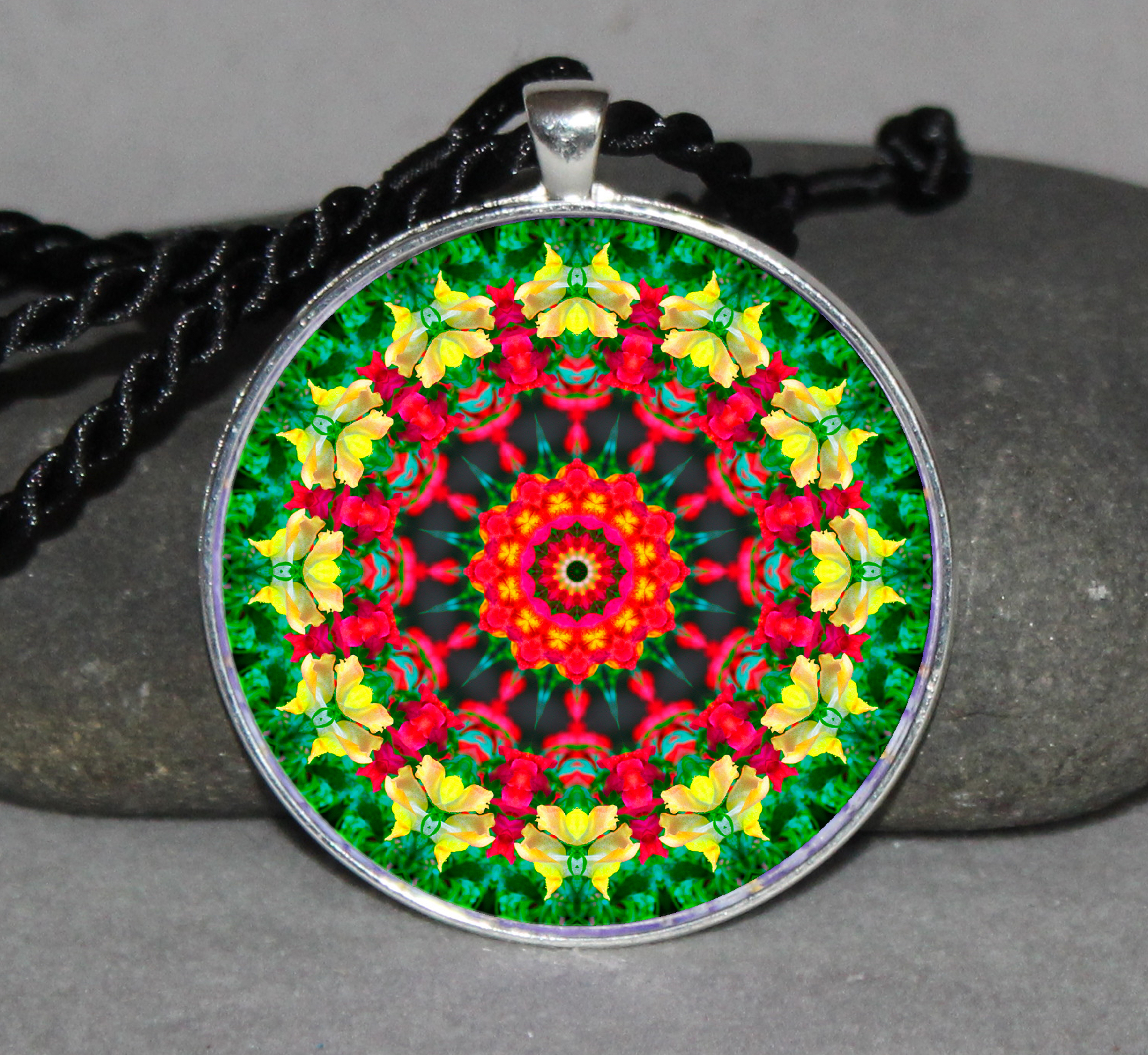 Flower Mandala Circle Geometric Necklace Pendant Jewelry Unique Boho Necklace Jewelry c