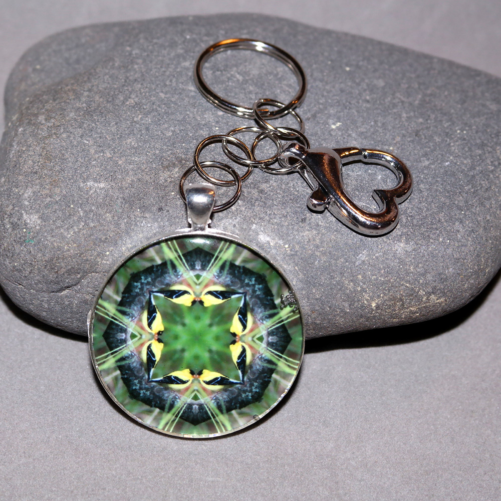 Goldfinch Keychain Sacred Geometry Mandala Ring of Gold