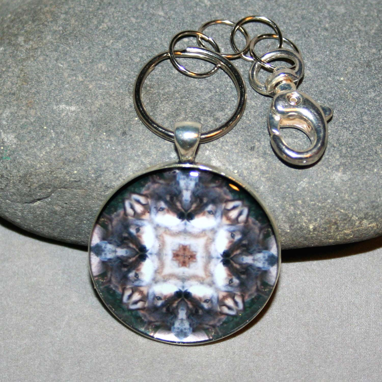 Wolf Keychain Mandala Sacred Geometry Kaleidoscope Sincere Devotion