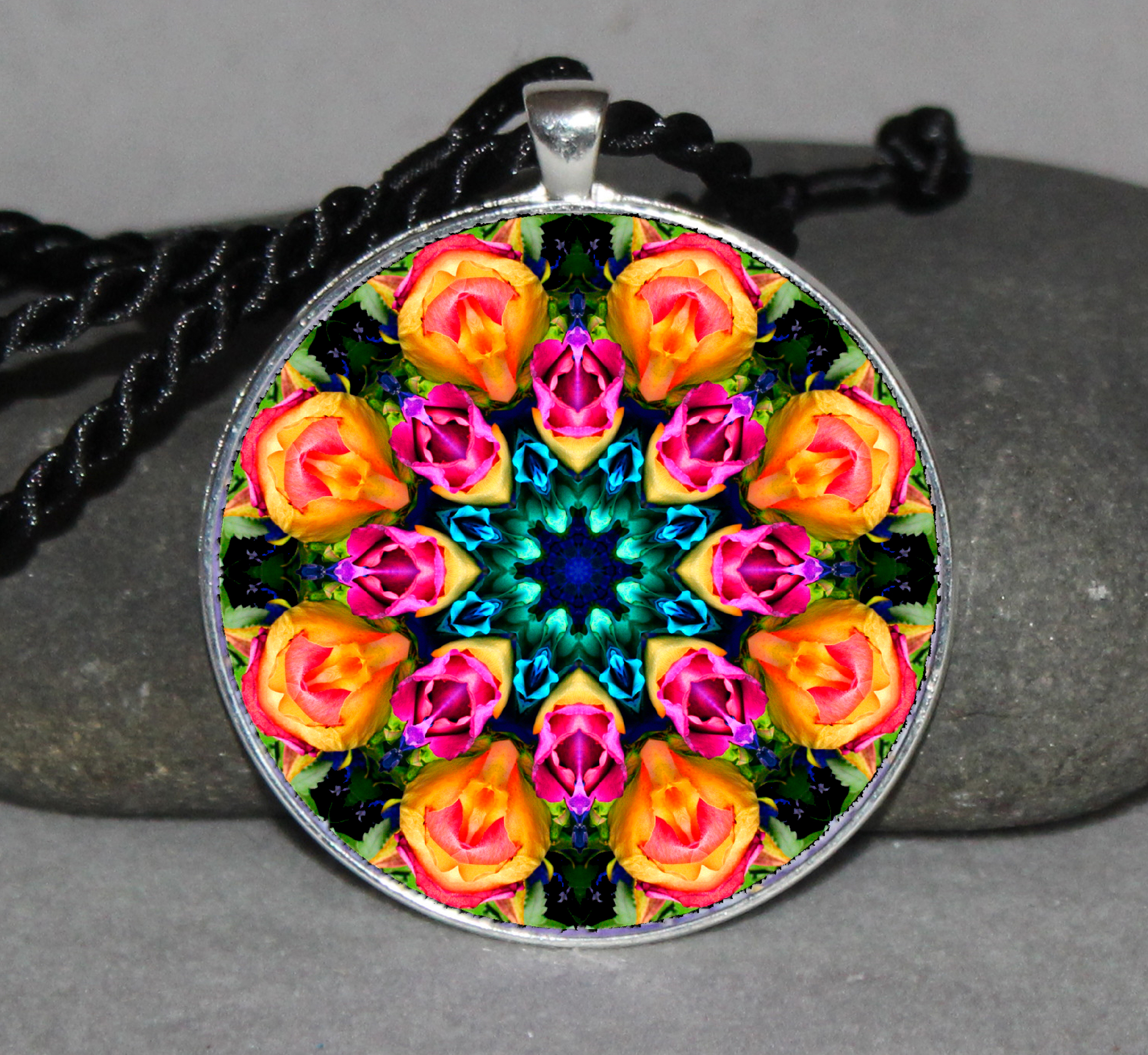 Flower Mandala Circle Geometric Necklace Pendant Jewelry Unique Boho Necklace Jewelry e