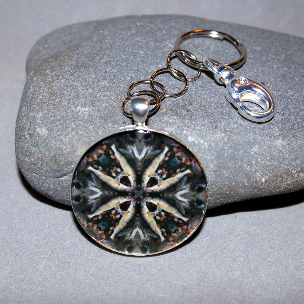 Walleye Fish Keychain Sacred Geometry Mandala Willy Walleye