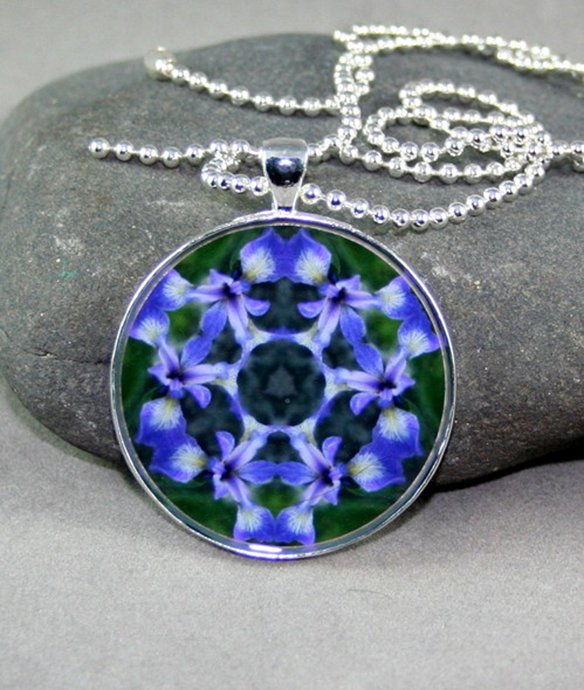 Iris Pendant Sacred Geometry Mandala Necklace Circle of Purple