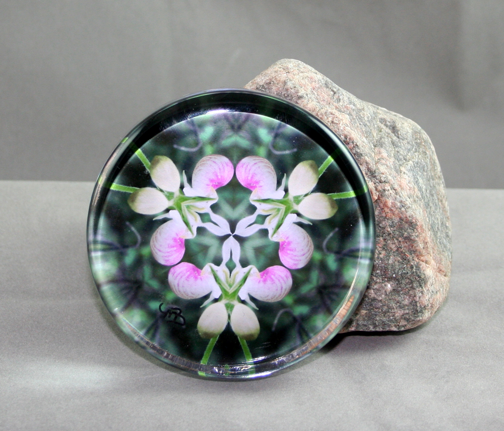 Lady Slipper Glass Paperweight Kaleidoscope Mandala Dancing Ladies