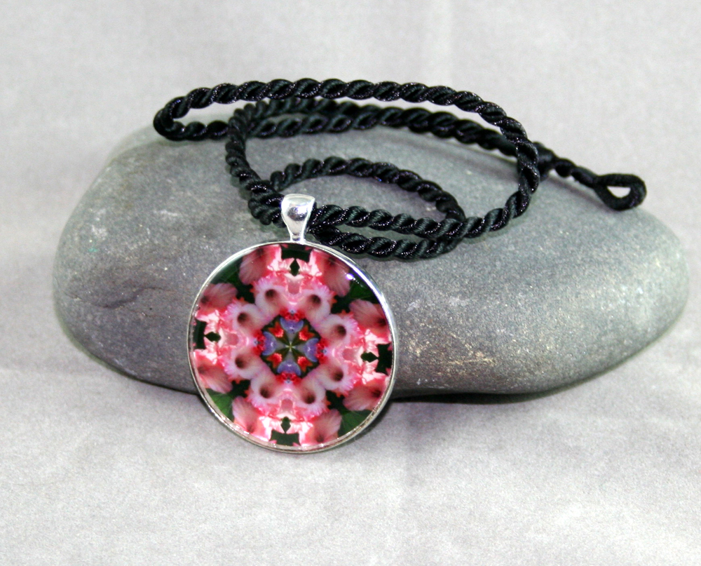 Gladiola Pendant Sacred Geometry Mandala Kaleidoscope Necklace Pink Infatuation